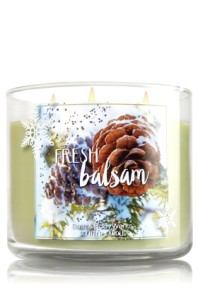 This candle from Bath & Bodyworks is so my jam right now.