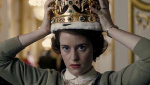 the-crown-netflix-queen-elizabeth-november-4-habituallychic-004